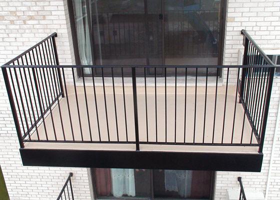 boring balcony 1
