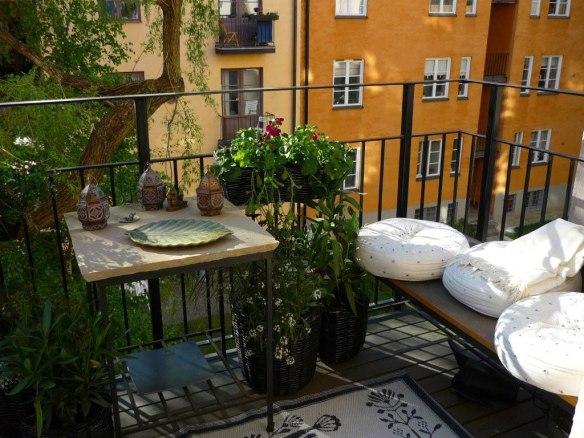 cozy-balcony-design-plans